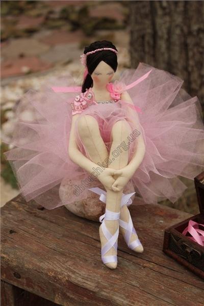 """Интерьерная текстильная кукла в стиле Тряпиенс """"Балерина в розовом"""""""